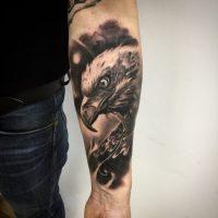 - salon tatuażu Miniol Sieradz