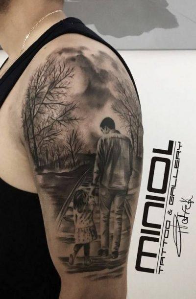 Piotr Gajdziński - salon tatuażu Miniol - Sieradz